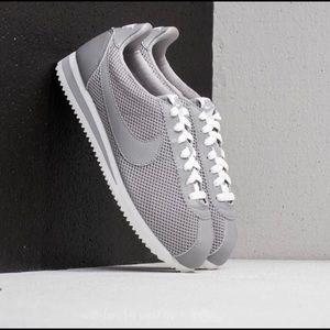 NIB Nike Cortez